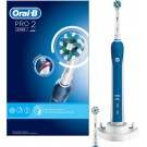 Eltandborste Pro 2 2700 Cross Action Oral-B